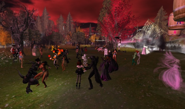 Gracee & Dest's Halloween Party - Second Life by Yordie Sands 2011
